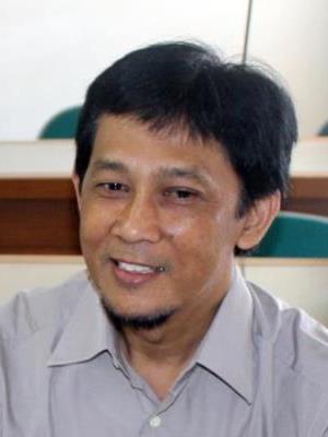 Dr. Muhammad Nur Islami, S.H., M.Hum.